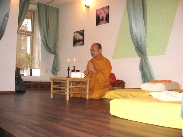 thai massage täby seriös dejtingsida